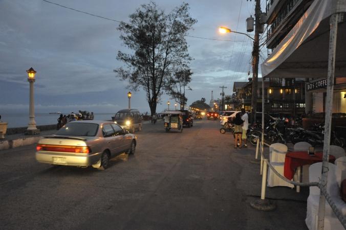 Dumaguete Roxas Blvd at Night