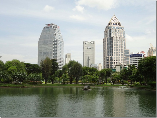 Lake at Lumpini Park