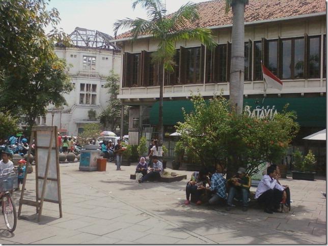 jakarta batavia cafe
